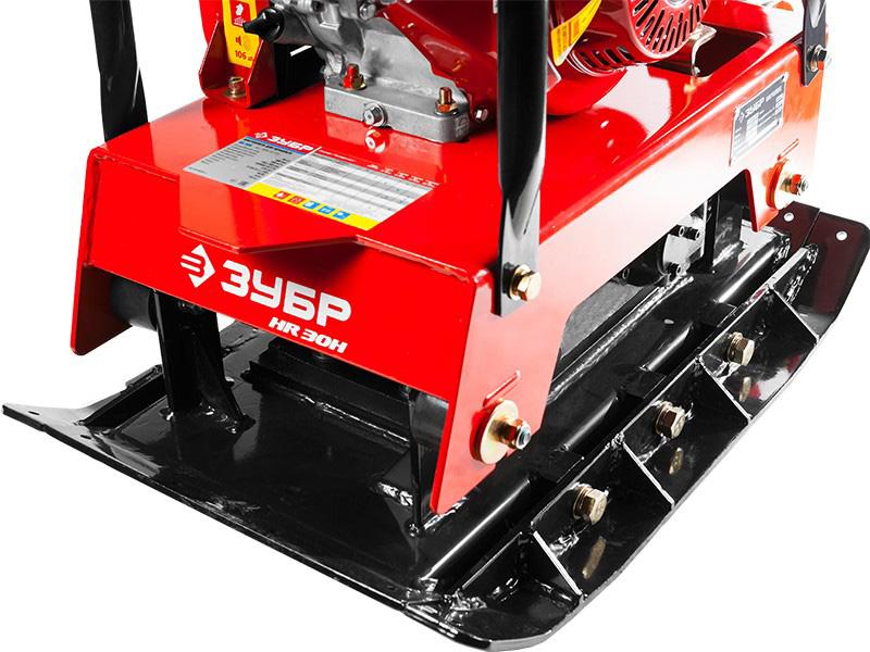 Виброплита для грунта Зубр ЗВПБ-38 ГРХ бензиновая