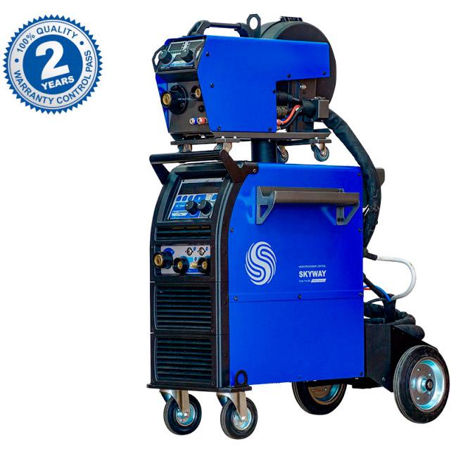 Инверторный сварочный полуавтомат для сварки алюминия AuroraPRO SKYWAY 350 DUAL PULSE с водяным охлаждением и выносным механизмом подачи проволоки